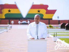 John Dramani Mahama at the 9th wreath laying ceremony of H.E Professor JEA Mills
